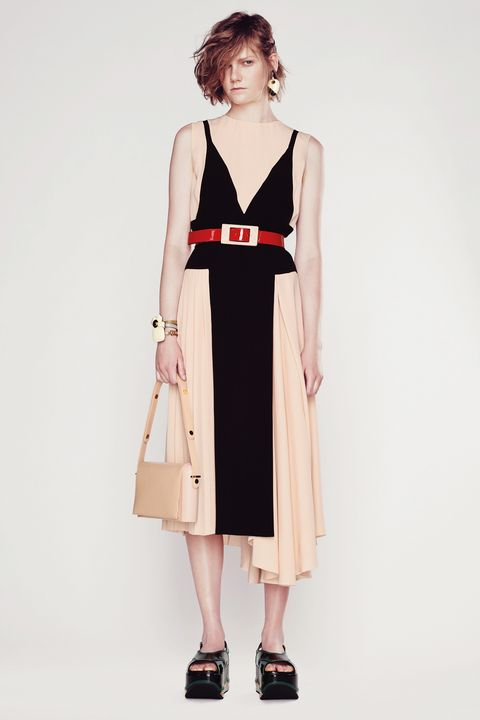Clothing, Sleeve, Shoulder, Dress, Joint, Standing, One-piece garment, Style, Bag, Day dress,