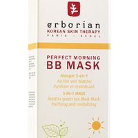 Revitalize your skin pre-moisturizer with this Green tea Matcha powder mask—it temporarily tightens pores and brightens skin in just one minute. 
