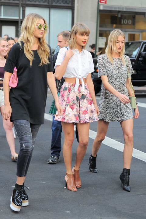 <p>Gigi Hadid, Taylor Swift and Martha Hunt head to dinner in Tribeca in laid back pieces paired with pumped up kicks.</p>