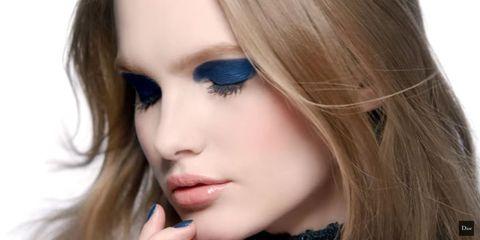Lip, Hairstyle, Eyelash, Eyebrow, Eye shadow, Style, Beauty, Eye liner, Organ, Iris,