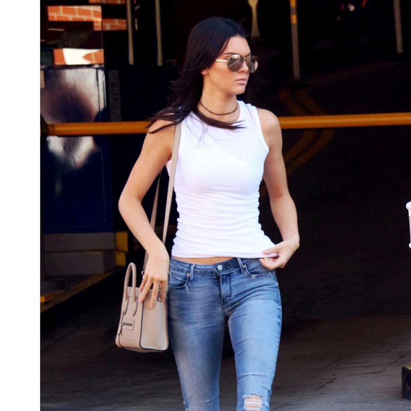 <p>Kendall in Tamara Mellon boots</p>