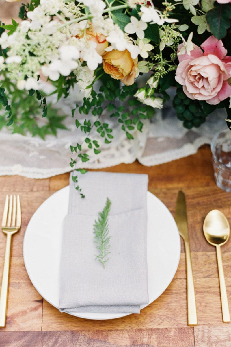 30 Chic Ways To Decorate A Rustic Wedding