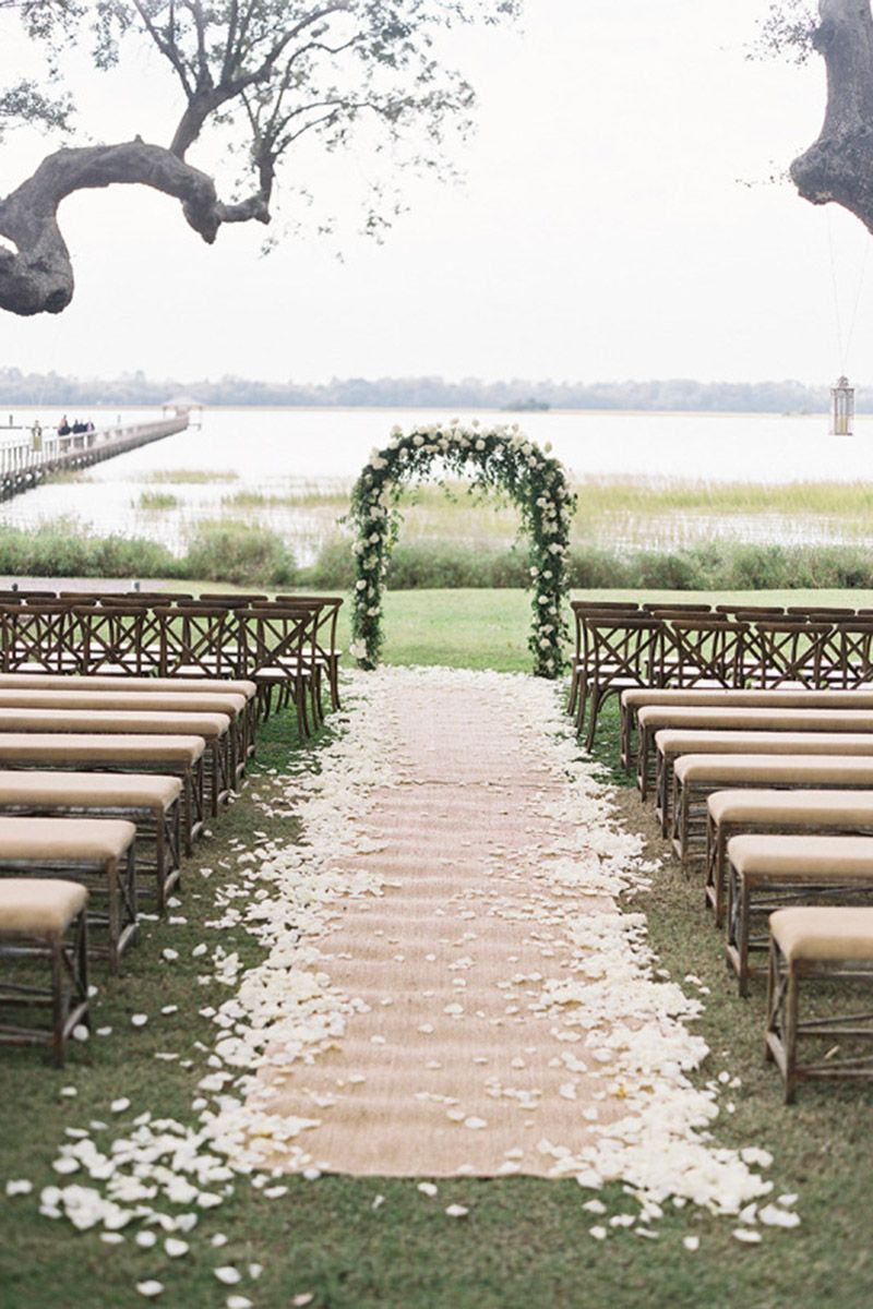 Simple Elegant Wedding Decor 30 Chic Ways To Decorate A Rustic Wedding Decorating A Rustic