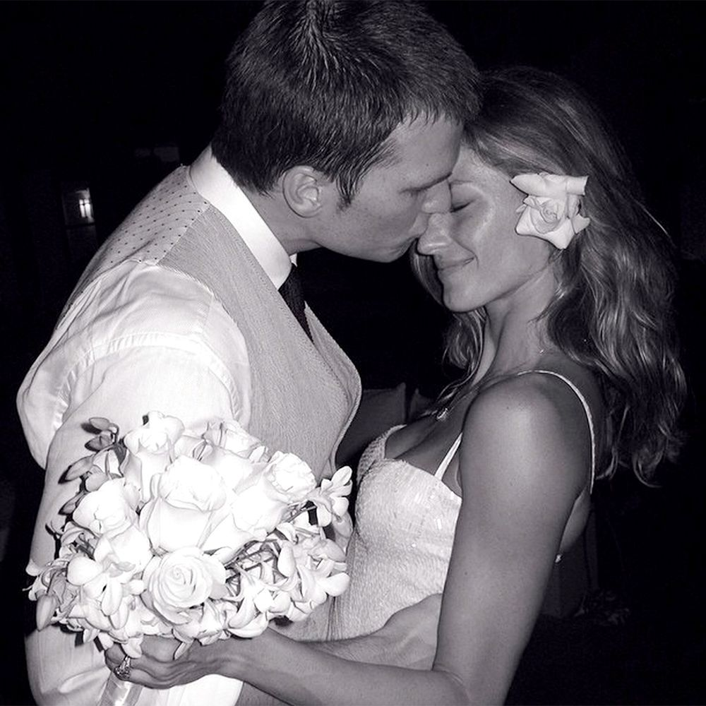 """<p>Gisele Bundchen shares a sweet photo from she and Tom Brady's wedding day in 2009 on <a href=""""https://instagram.com/gisele/"""" target=""""_blank"""">Instagram</a>. </p>"""
