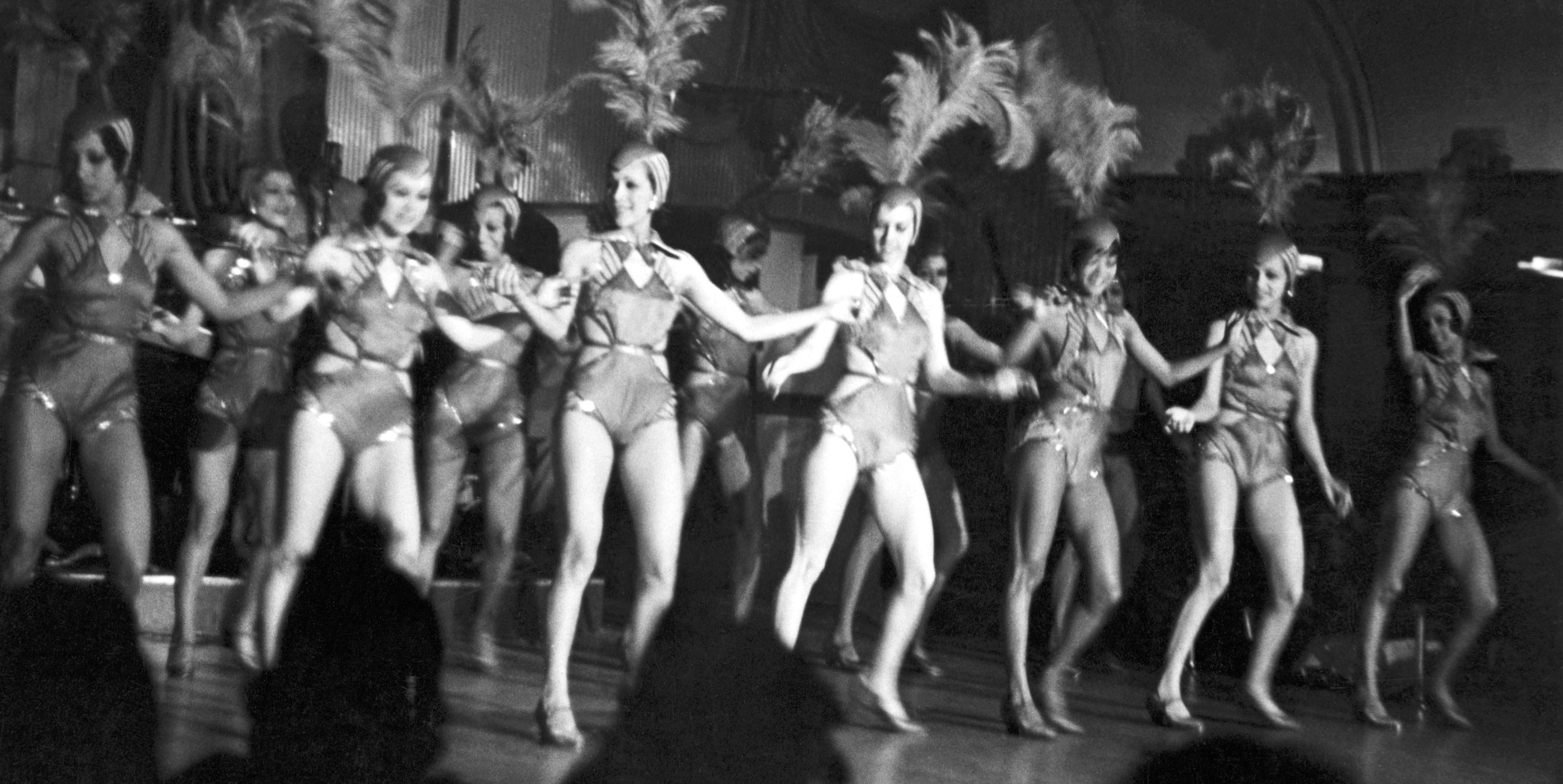 Located within the heart of Harlem, the exclusive club was known for their highly accredited blues and jazz performers such as Billie Holiday, Cab Calloway, Louis Armstrong and Duke Ellington.