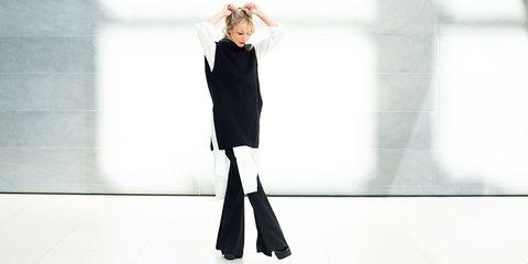 Sleeve, Standing, Style, Street fashion, Knee, Blond, Fashion design, Pocket, Photo shoot, Fashion model,