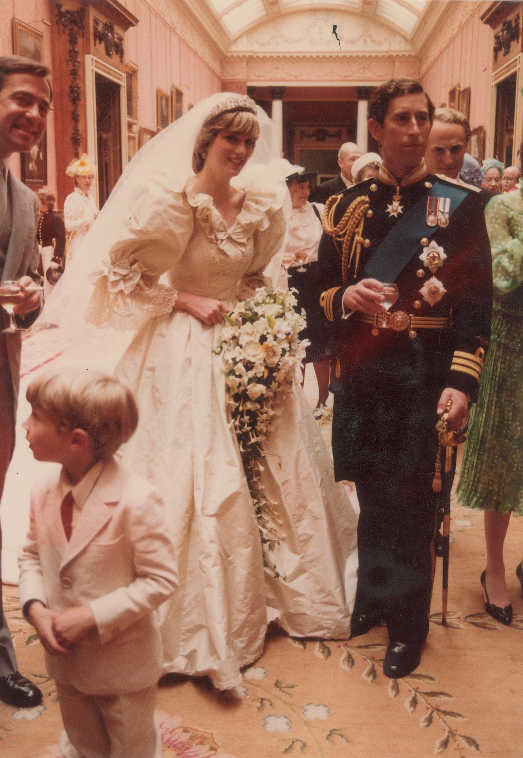 Charles And Diana Wedding.Princess Diana And Prince Charles Unseen Wedding Photos Rare