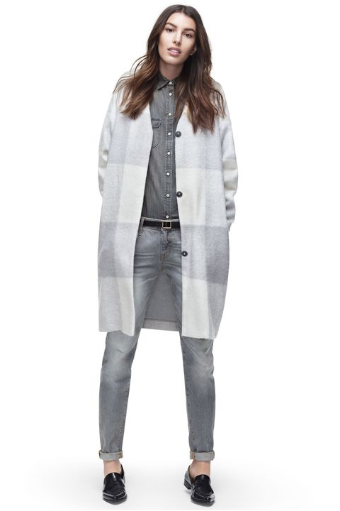 Clothing, Collar, Sleeve, Shoulder, Textile, Standing, Joint, Outerwear, White, Coat,