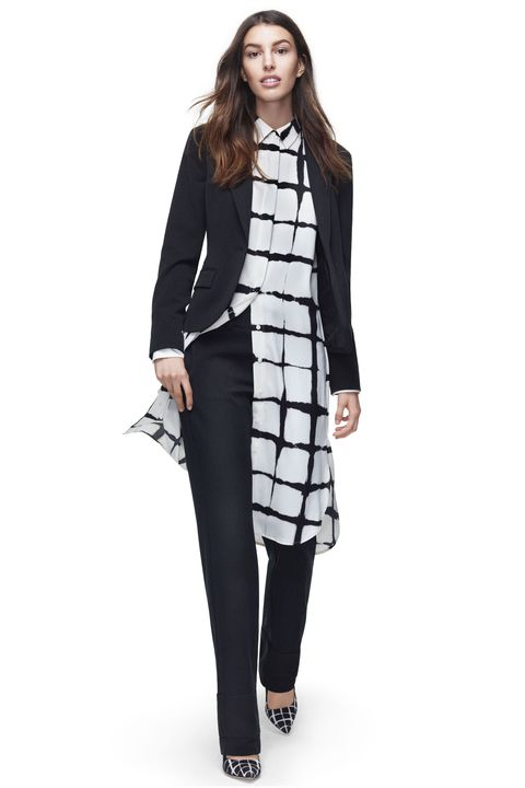 Product, Sleeve, Collar, Shoulder, Standing, Joint, Formal wear, Style, Blazer, Knee,