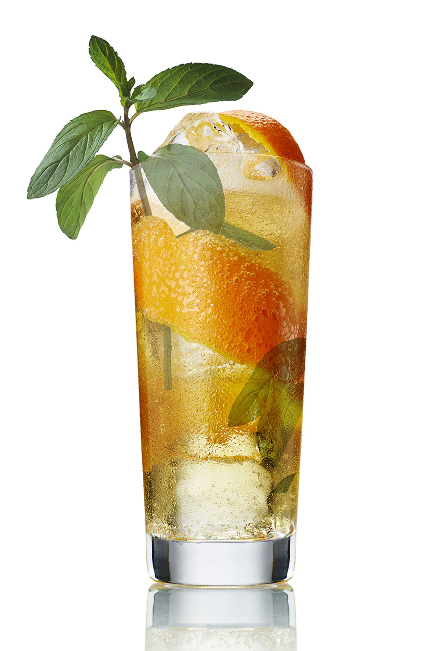 <p><strong> The Drink </strong></p><p><strong></strong>If straight vodka on the rocks isn't your thing, a fruity, slightly sweet Smash may be your new libation of choice. Sip it through a straw—no need to smudge your lipstick.</p><p><em></em><strong>The Recipe</strong><br></p><p>1.5 oz Belvedere Pure </p><p>Half an orange, cut into chunks </p><p>1 oz fresh lemon juice </p><p>1 oz simple syrup </p><p>4 mint leaves</p><p>Combine the orange chunks, lemon juice and simple syrup into a cocktail shaker; muddle, and add the Belvedere. Top with ice and shake vigorously before pouring through a strainer into an iced glass. Garnish with an orange slice and mint sprig.</p>