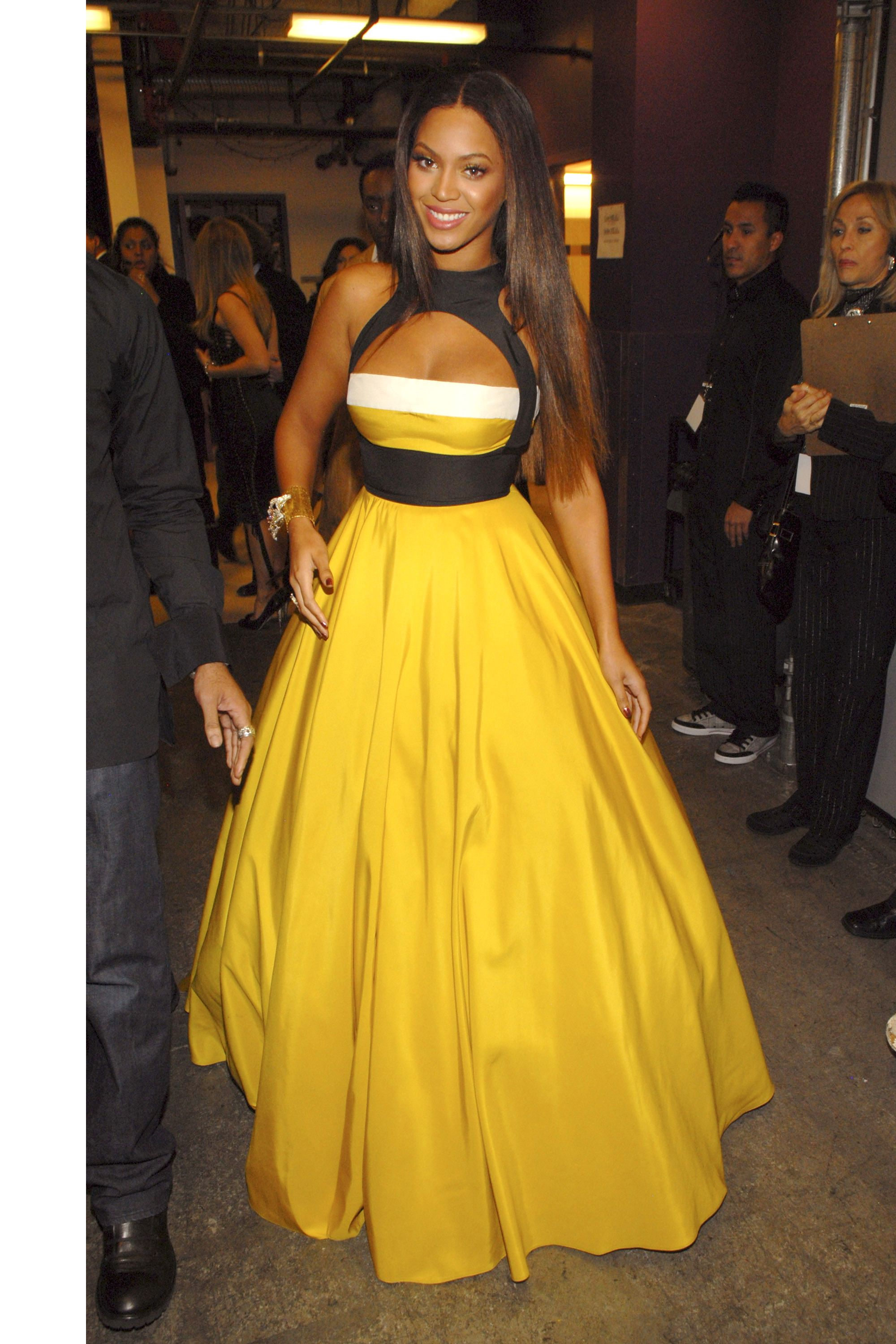 Beyonce\'s Style Evolution in Photos - Beyonce Style Over The Years