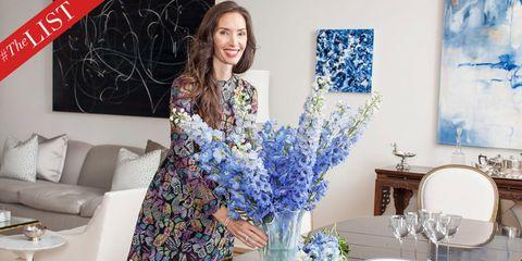 Blue, Textile, Bouquet, Room, Furniture, Cut flowers, Centrepiece, Interior design, Drinkware, Serveware,