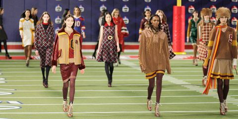 Pattern, Fashion, Uniform, Plaid, Tartan, Public event, Costume design, Fashion design, Design, Costume,