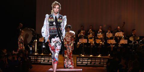 Fashion show, Runway, Fashion, Fashion model, Stage, Public event, Fashion design, Fur, Haute couture, Costume design,