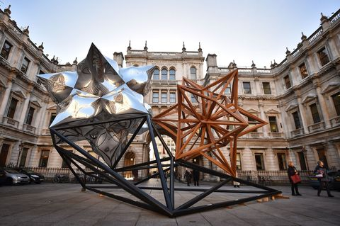 <p>Frank Stella's exhibit opens at New York's Whitney Museum of Art on October 30th. Add it to your fall to-do list to share Olivia's love for one of the most acclaimed living American artists. </p>