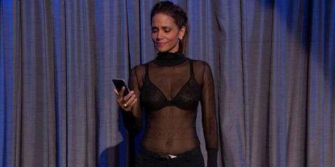 Human body, Shoulder, Chest, Waist, Interior design, Trunk, Abdomen, Undergarment, Navel, Stomach,