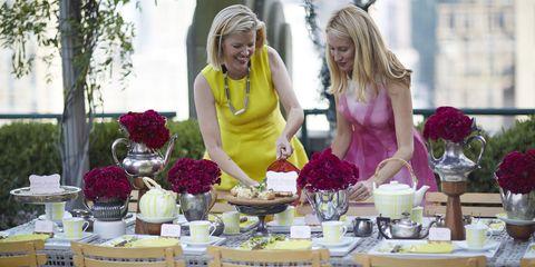 Petal, Floristry, Dress, Bouquet, Dishware, Serveware, Flower Arranging, Cut flowers, Lavender, Tablecloth,