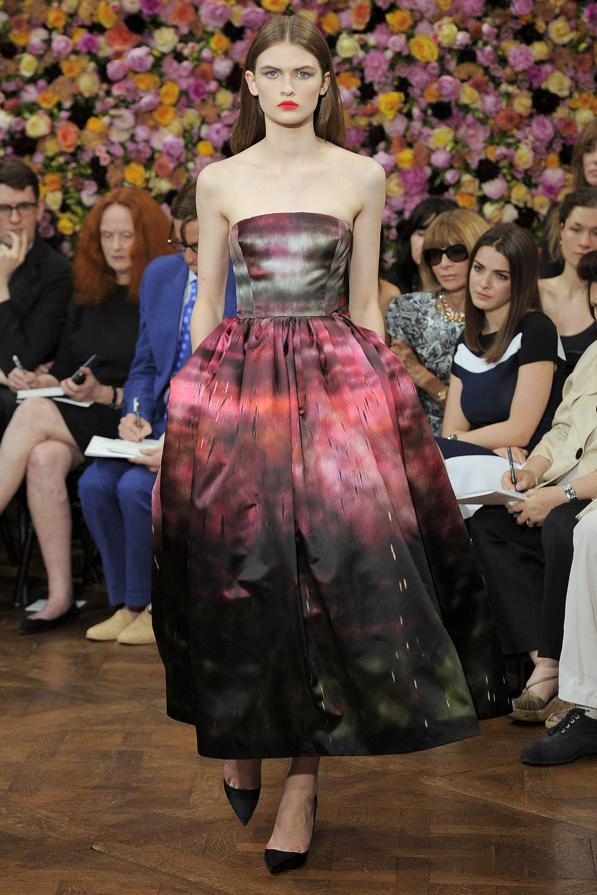 """<p>Before his career in fashion, Monsieur Dior <a href=""""http://www.dior.com/couture/en_us/the-house-of-dior/the-story-of-dior/christian-dior-and-artists"""" target=""""_blank"""">owned a small art gallery</a> that featured the likes of Pablo Picasso, Salvador Dalí and Georges Braques, to name a few. Today, Raf Simons continues to link the house of Dior to the art world. For his very first show as creative director, Simons <a href=""""https://news.artnet.com/people/raf-simons-turns-sterling-rubys-art-haute-couture-new-dior-documentary-282835"""" target=""""_blank"""">printed works</a> by artist Sterling Ruby on couture gowns.</p>"""