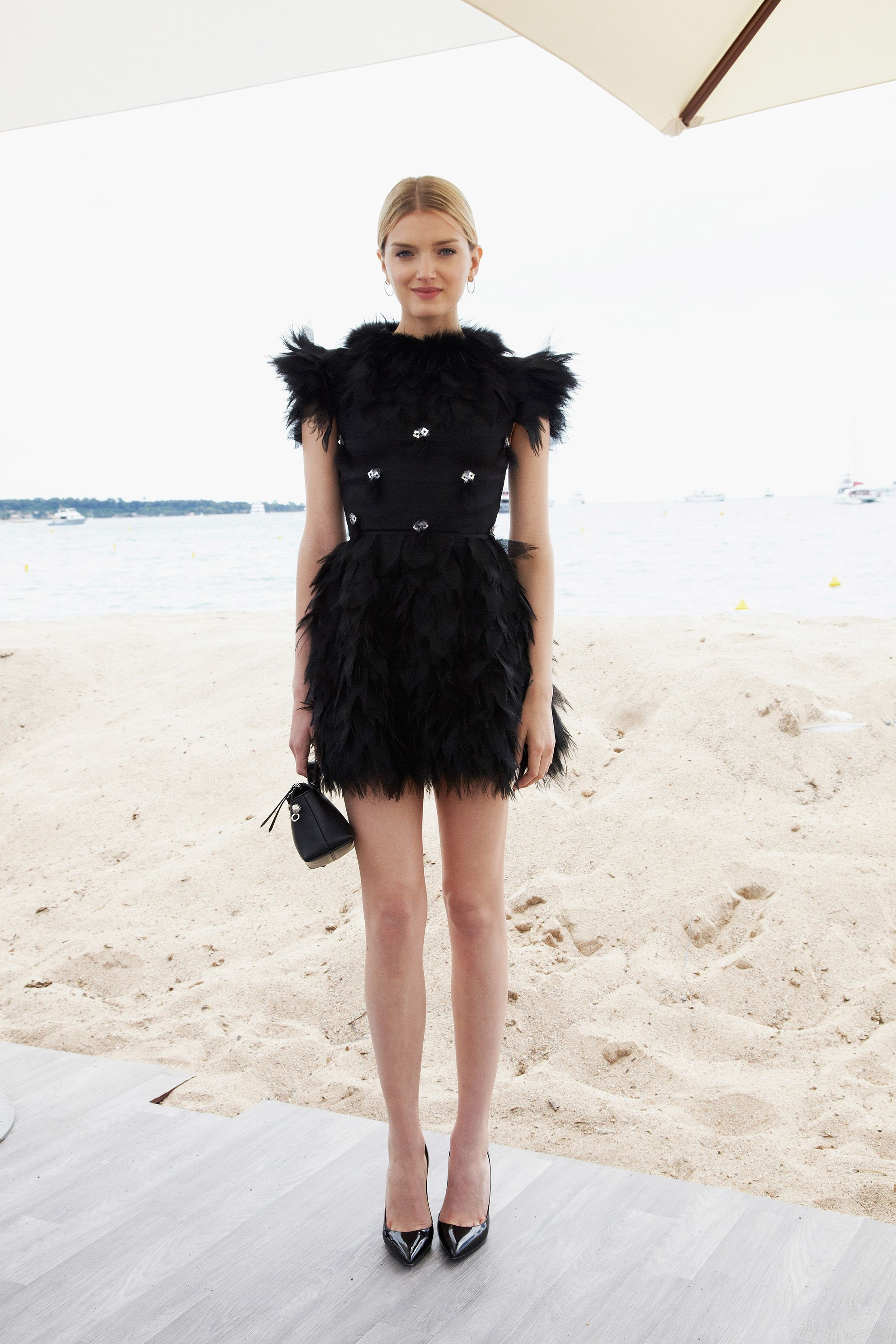 <p>Go for luxe embellishments like an all-over feathered frock<em> a la </em>Lily Donaldson in Chanel. </p>