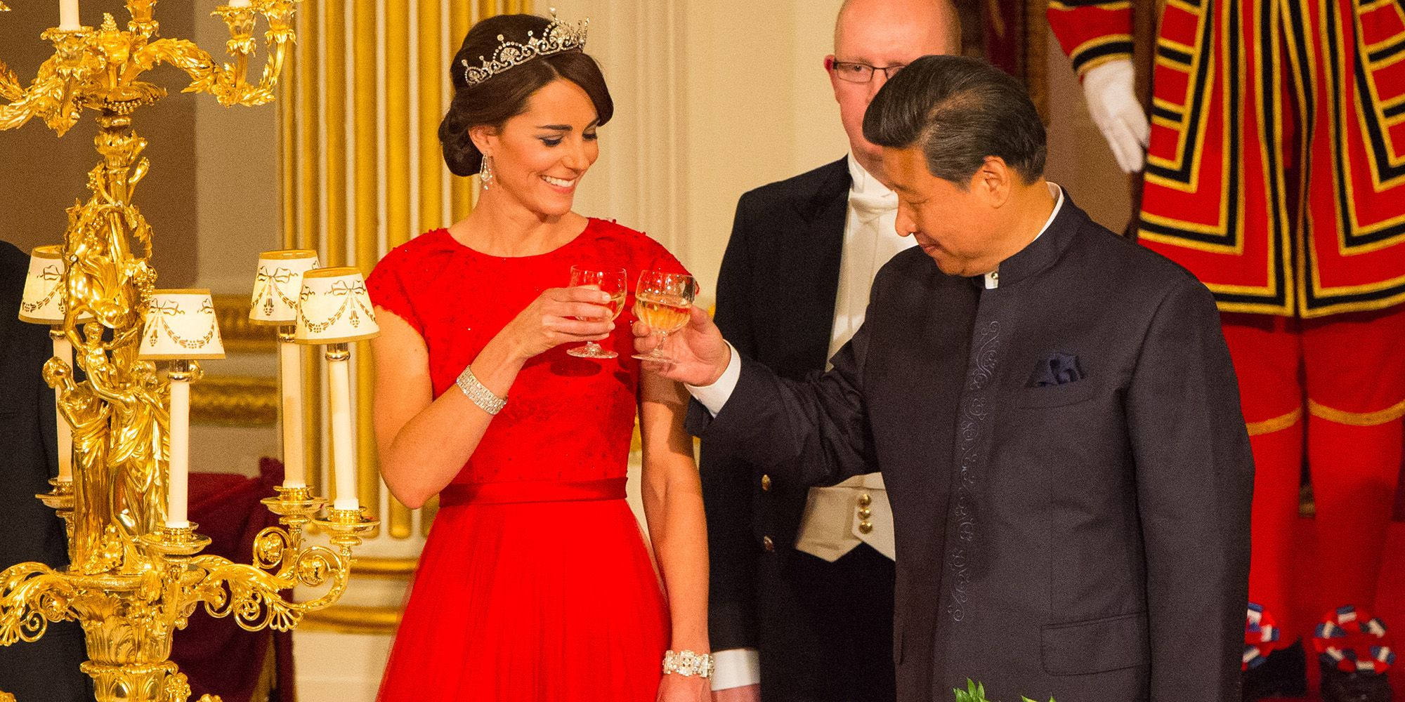 Kate Middleton Wears Tiara Duchess Of Cambridge At China State Dinner
