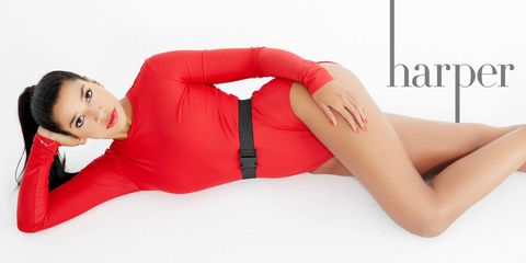 Lip, Sleeve, Human leg, Joint, Red, Comfort, Elbow, Thigh, Knee, Fashion,