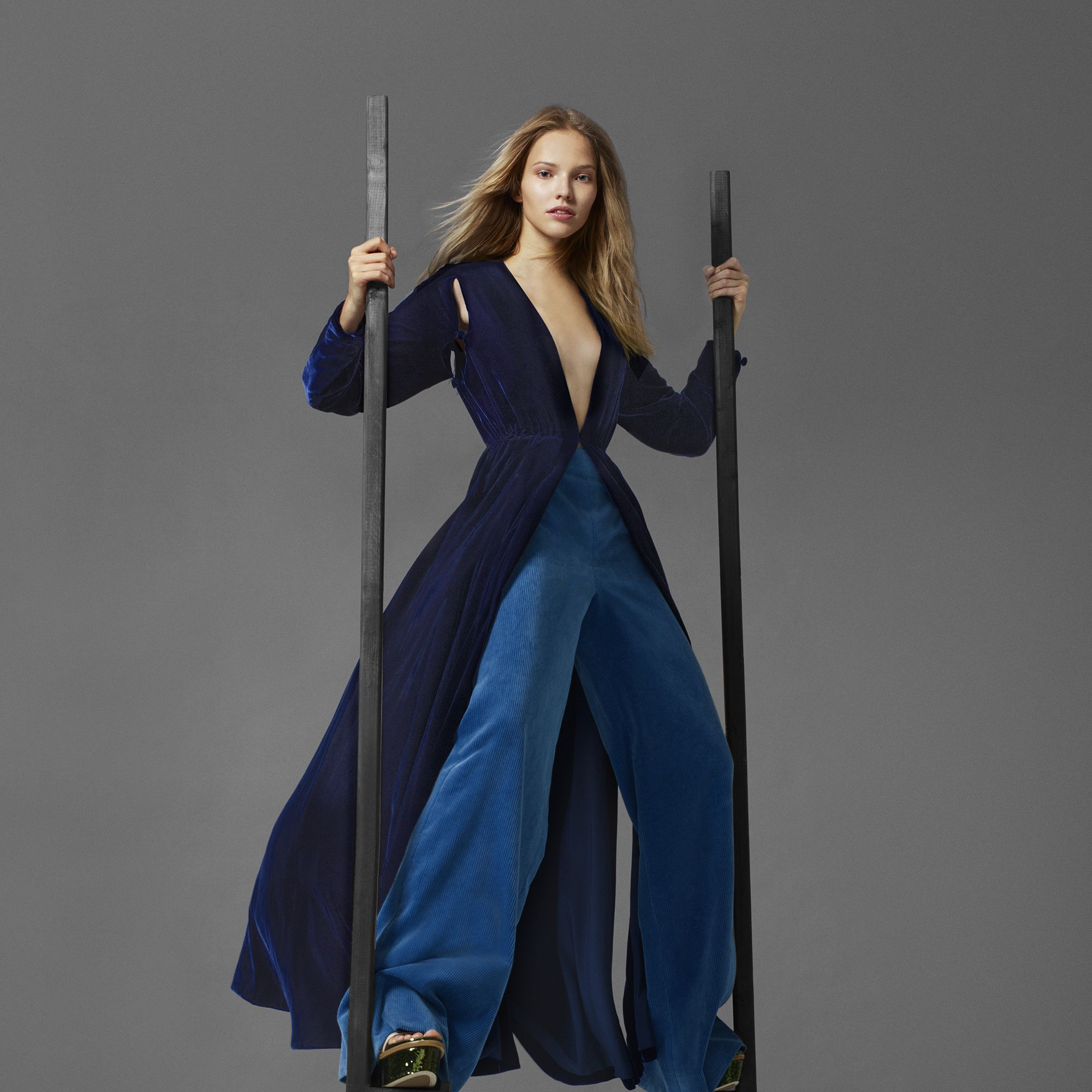 <p><strong>Dior Haute Couture</strong> coat, pants and sandals, prices upon request, 800-929-DIOR.</p>
