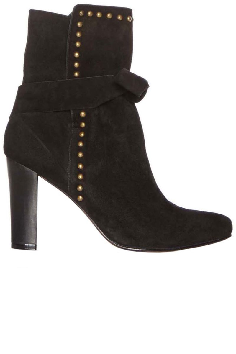 "<p><strong>Ulla Johnson</strong> boots, $550, <a href=""https://shop.harpersbazaar.com/designers/u/ulla-johnson/aggie-ankle-boot-6504.html"" target=""_blank""><strong>shopBAZAAR.com</strong></a>. </p>"