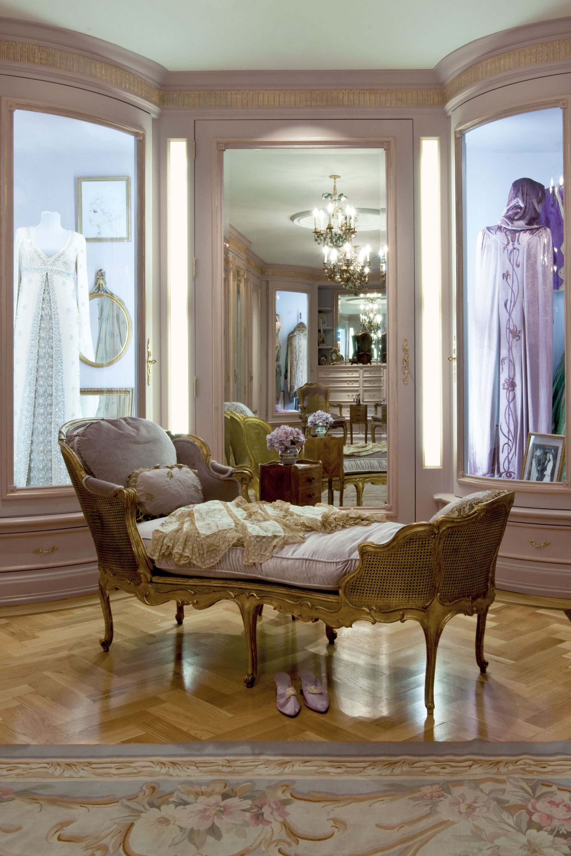 home salon design.  Barbra Streisand s House Photos Pictures of