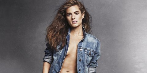 A Typical Day in The Life of Allison Williams - Allison
