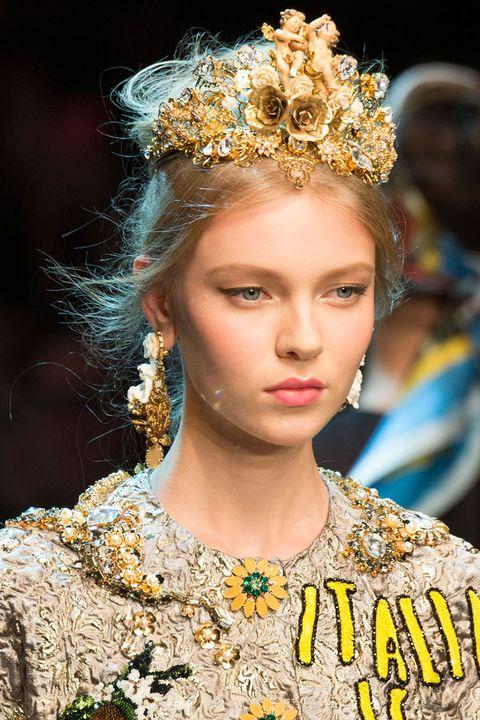 <p>Dolce & Gabbana</p>