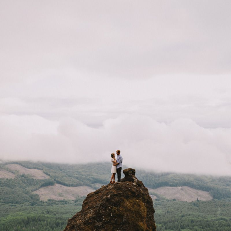 <p>Does it get any more dramatic than a proposal atop a mountain?</p>