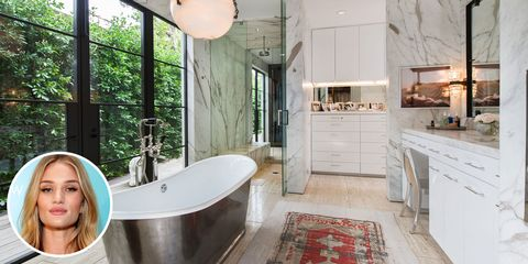 Rosie Huntington-Whiteley's Bathroom