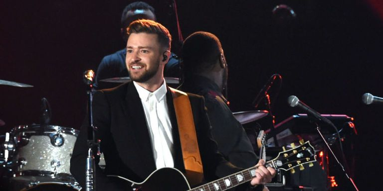 Watch: Justin Timberlake Killed It at the CMAs Last Night