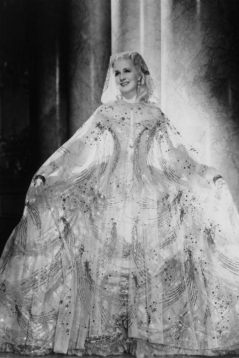 <p>Norma Shearer in <em>Marie Antoinette, </em>1938</p>