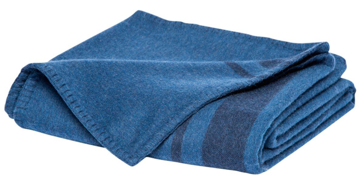 """<p><strong>Parachute</strong> throw, $319,  <a href=""""https://shop.harpersbazaar.com/designers/p/parachute/blanket-weight-cashmere-throw-6639.html"""" target=""""_blank"""">shopBAZAAR.com</a>.</p>"""