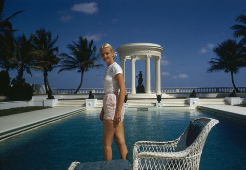 <p>A Grecian temple-like pool (and a Florida estate, C.Z.'s was called Villa Artemis) will only enhance your elegance.<br></p><p><br></p>