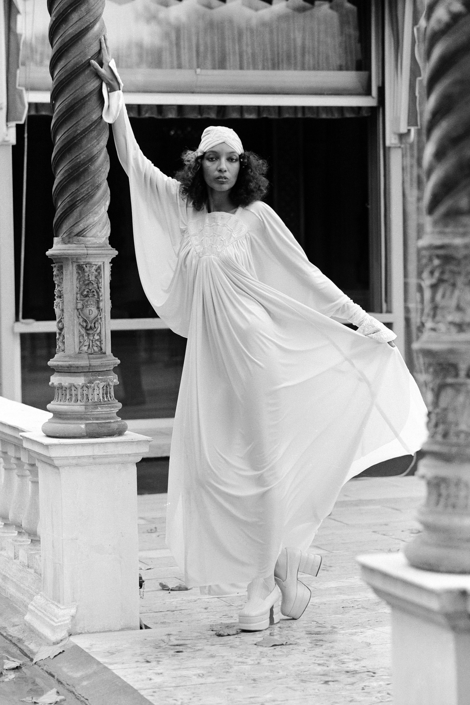 70s Dresses for Black Women