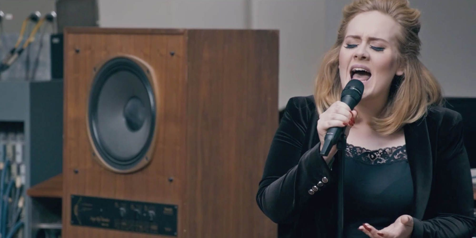 Adele Returns To Studio To Record Edgy' New Album With Top Producers picture