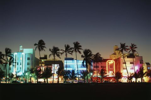 "<p>Get ready for sun-filled days and temperatures on the mid 70s. And, at the beginning of December, Miami will play host to two major design festivals: <a href=""https://www.artbasel.com/miami-beach"" target=""_blank"">Art Basel Miami Beach</a> and <a href=""http://miami2015.designmiami.com/"" target=""_blank"">Design Miami</a>.</p>"