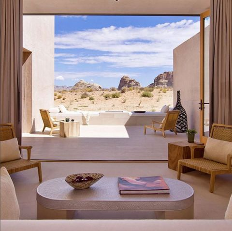 <p>This Lake Powell luxury hot spot is for the girl who enjoys the great outdoors and a solid spa treatment. </p>