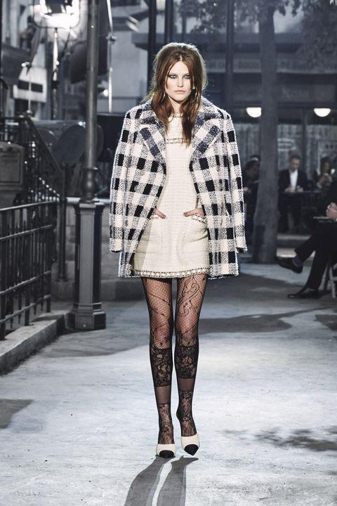 Leg, Shoulder, Fashion show, Textile, Outerwear, Winter, Style, Fashion model, Street fashion, Pattern,