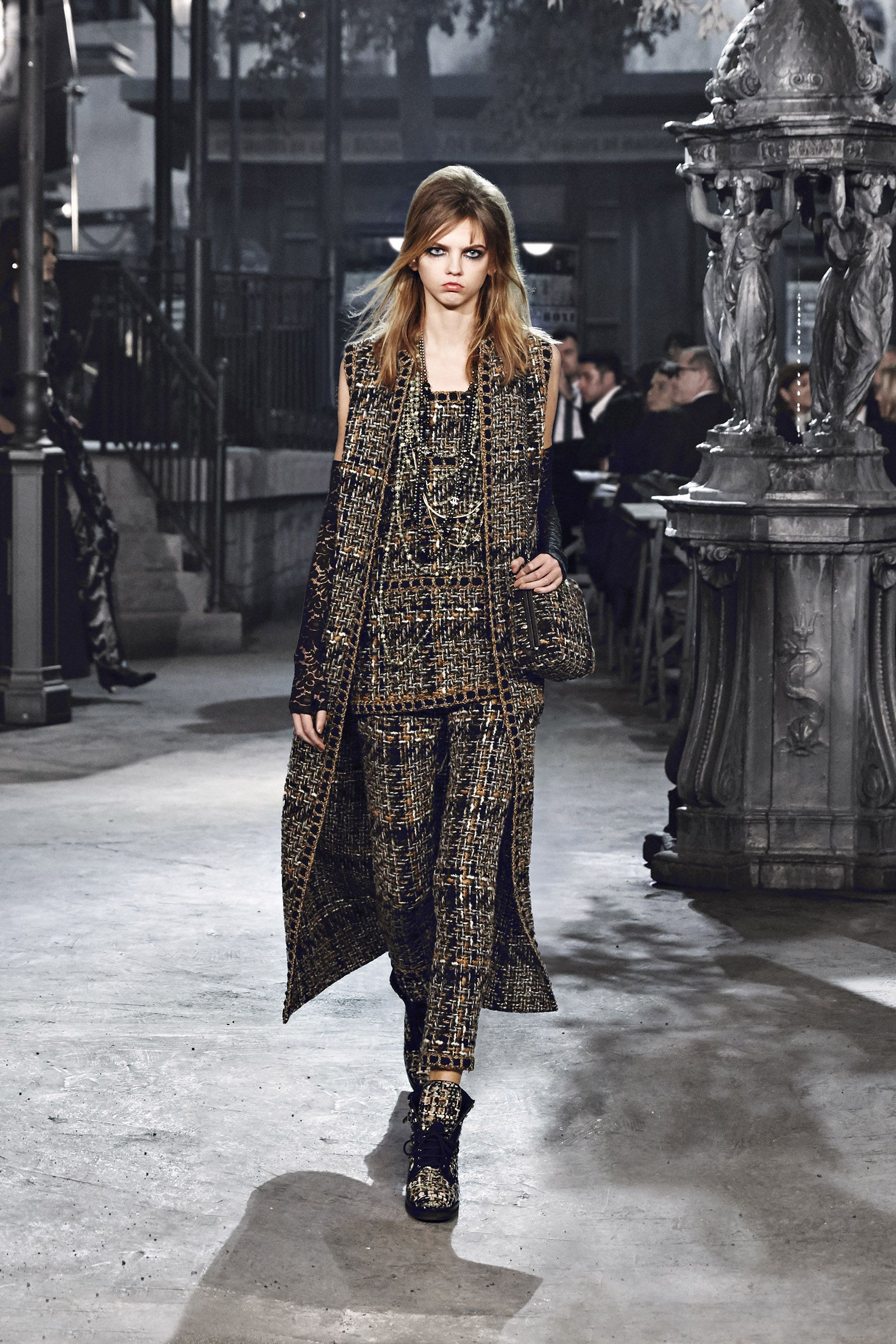 See Runway Highlights From Chanel s Métiers d Art Show in Rome 17c9915126e7b