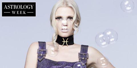 Lip, Hairstyle, Skin, Eyelash, Style, Fashion, Beauty, Neck, Body jewelry, Blond,