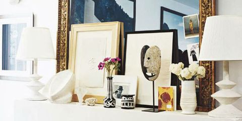 How To Decorate a Blank Wall With Chic Styling