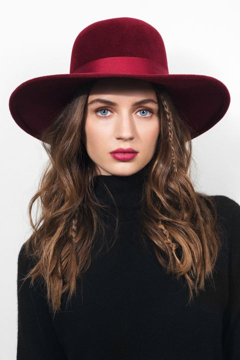 Hat, Mouth, Lip, Brown, Hairstyle, Sleeve, Chin, Fashion accessory, Headgear, Fashion model,
