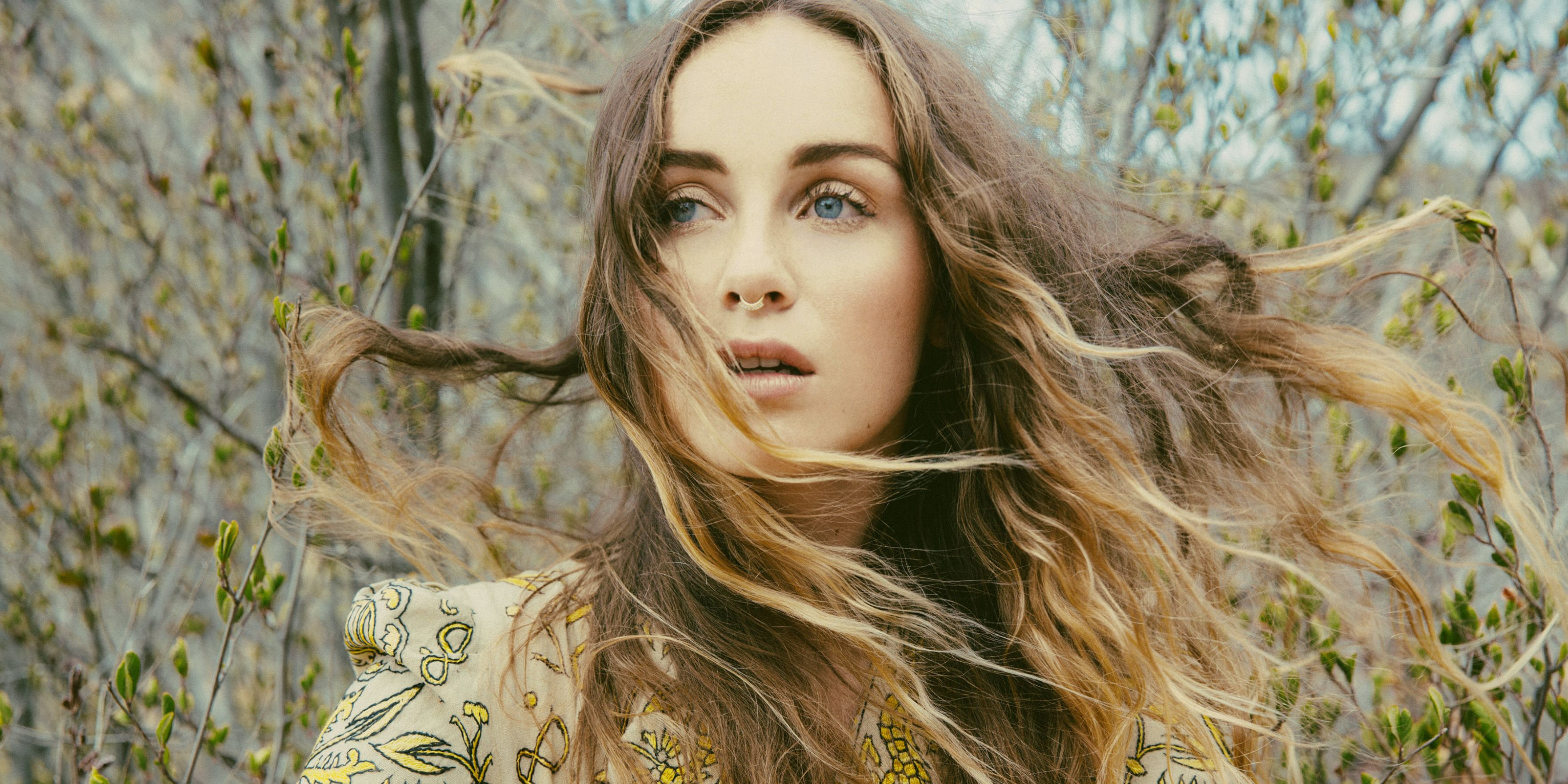 Small town Arizona-native Zella Day is a 20-year-old indie-pop singer with  5 albums already under her belt. Signed to Hollywood Records, Zella  released her ...
