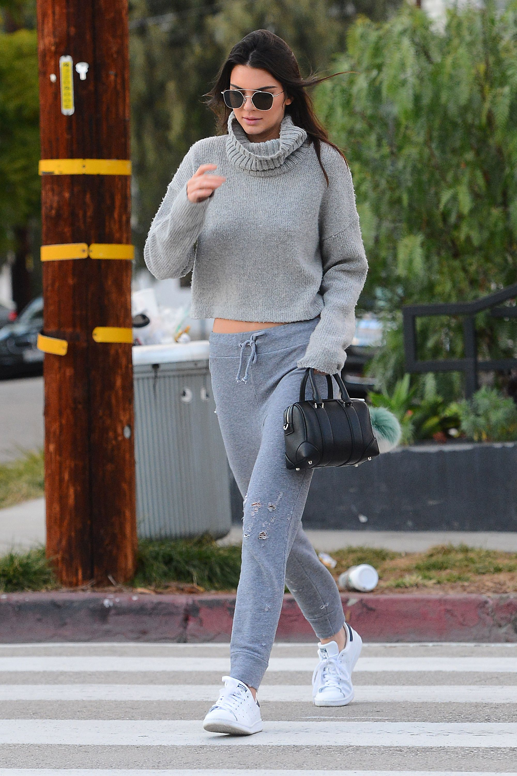d4fd1d4d0 50 Turtleneck Outfits for a Chic Winter Look - How To Wear A ...