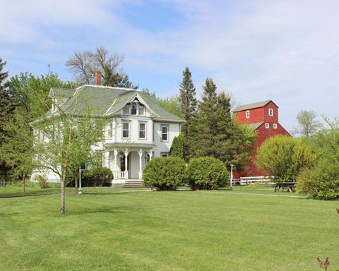 "<p>Our search for the perfect farmhouse might never end (anyway, it's way too much fun), but <a href=""http://www.countryliving.com/real-estate/a36773/this-just-might-be-the-perfect-farmhouse/"">this Victorian beauty</a> in Sabin, Minnesota is one of the prettiest we've ever come across. Perched perfectly on 10 acres, it comes complete with a restored barn, grainery, chicken coop—even a sauna! Fancy something a little different? <a href=""http://www.countryliving.com/real-estate/g2783/northeastern-farmhouses-for-sale/"">We've got you covered.</a><a href=""http://www.countryliving.com/real-estate/g2783/northeastern-farmhouses-for-sale/""></a></p><p><strong>Asking price:</strong> $369,000 (currently off market)<br></p><p>For more information, visit <a href=""http://circaoldhouses.com/property/the-sabin-farm/"">CIRCA Old Houses</a> </p>"