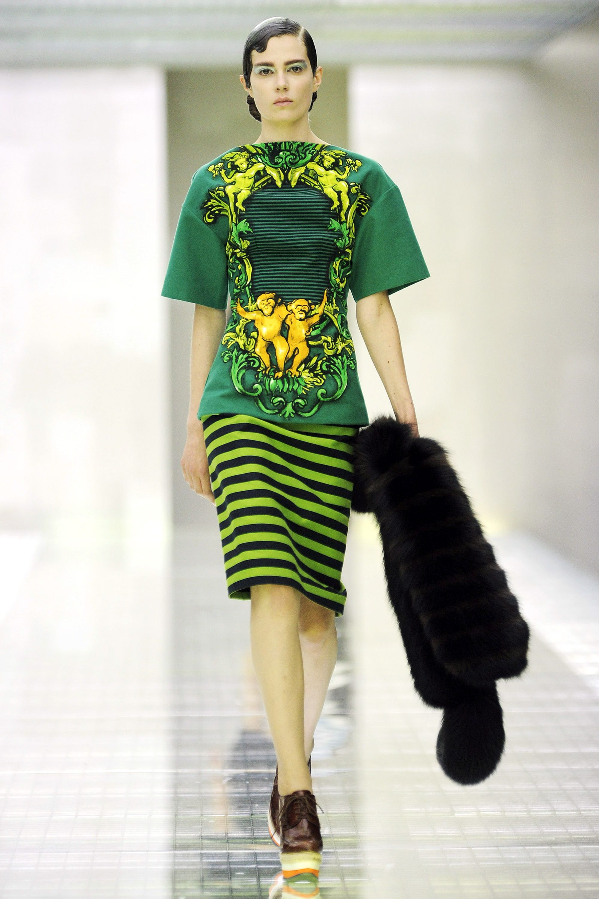 <p>The Prada Spring 2011 runway celebrated the primate—and its companion fruit the banana. </p>