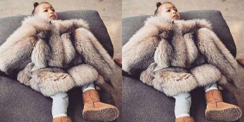 Human, Textile, Fur clothing, Natural material, Wool, Animal product, Comfort, Jacket, Fashion, Woolen,